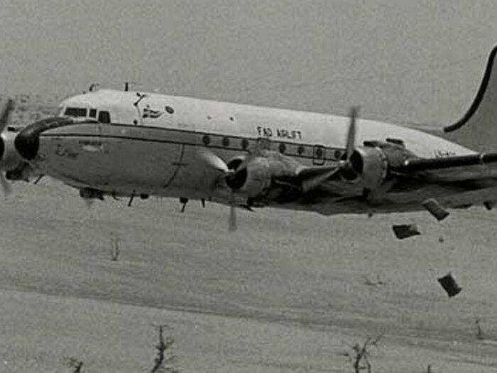 黑白色飞机