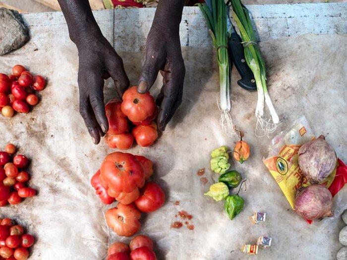 市场上的新鲜蔬菜
